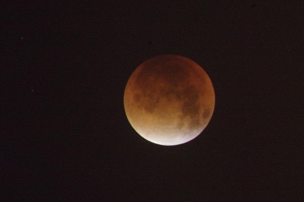 mes-luna-roja