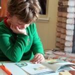 3 errores que cometemos al enseñar a leer a un niño