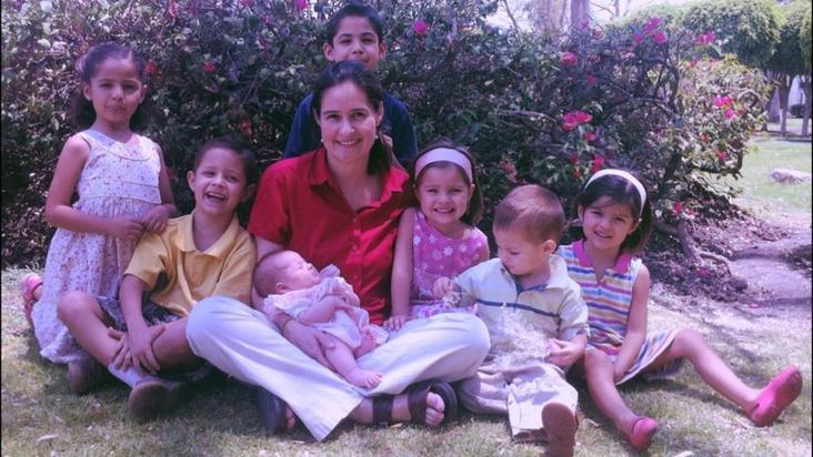 mamá-hijos-familia