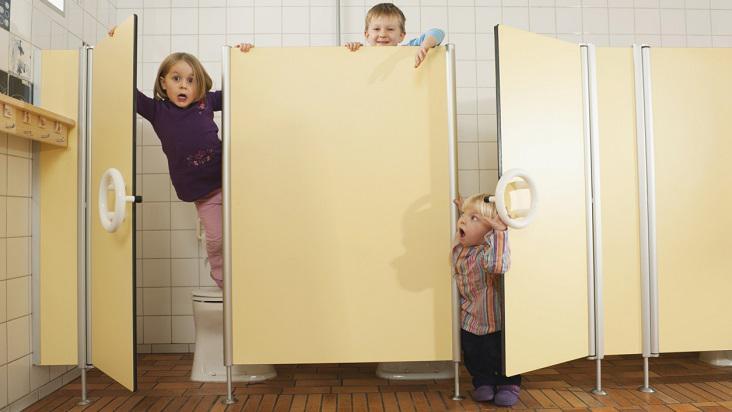 baño-público-niños