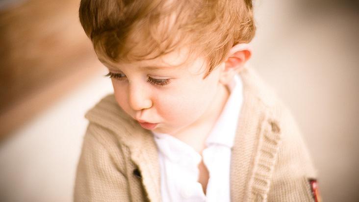 niño-triste-enojado