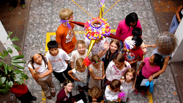 piñata-posada-fiesta