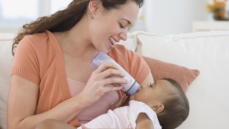 mamá-bebé-lactancia
