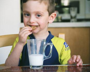 nutrición-galletas-niño