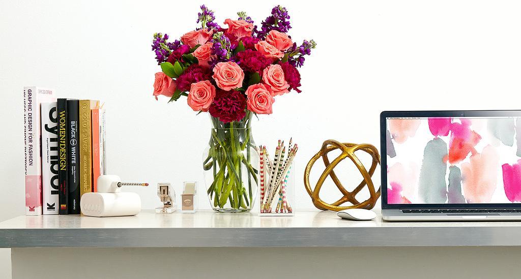 oficina-estudio-laptop-flores