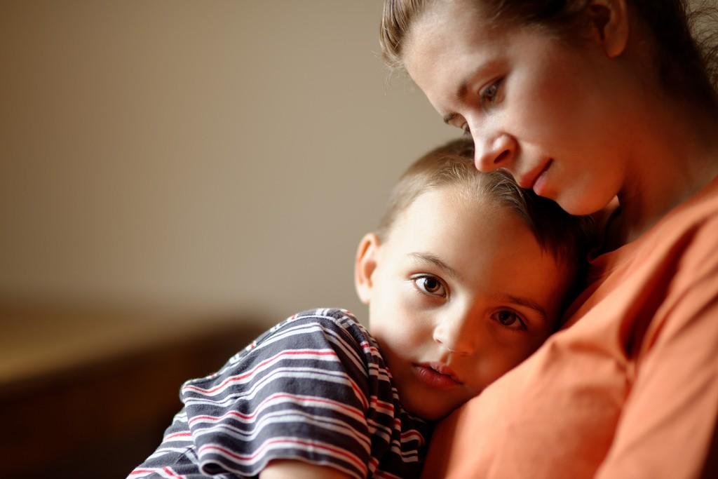 mamá-hijo-enfermo