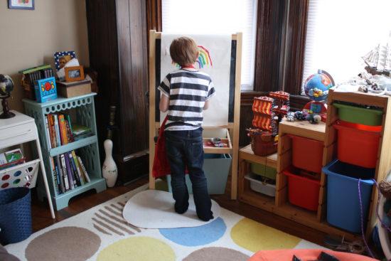 niños-cuarto-pintando